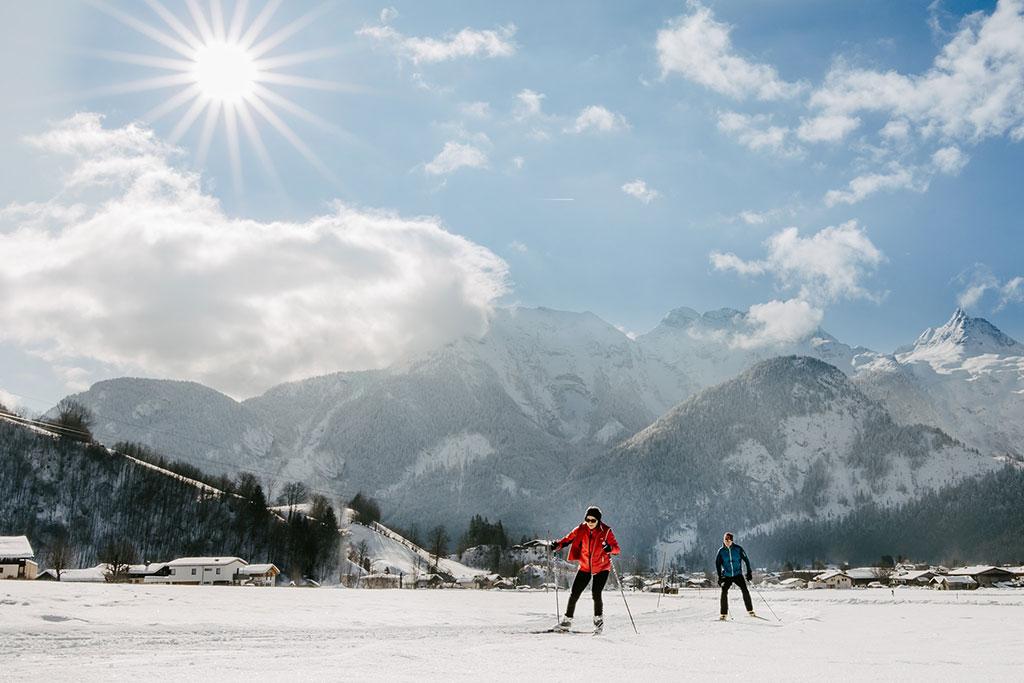 Langlauf Paar Skating (c) Salzburger Saalachtal Tourismus