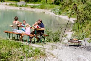 Wildes Baden Vorderkaser Grillen (c) Salzburger Saalachtal Tourismus