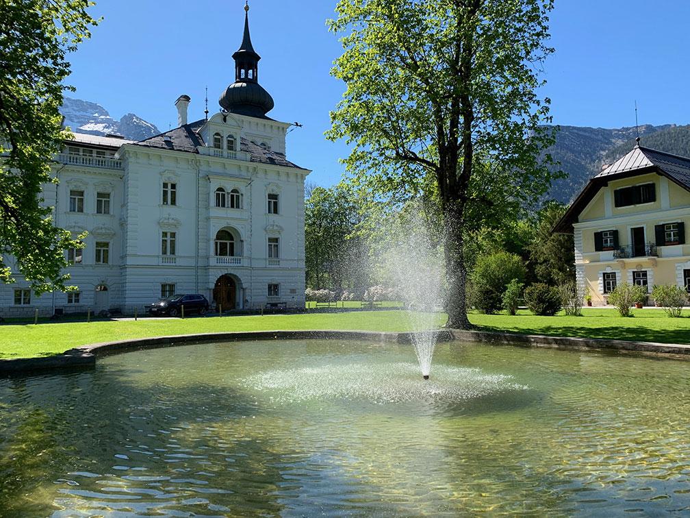 Schlosspark Grubhof - Springbrunnen