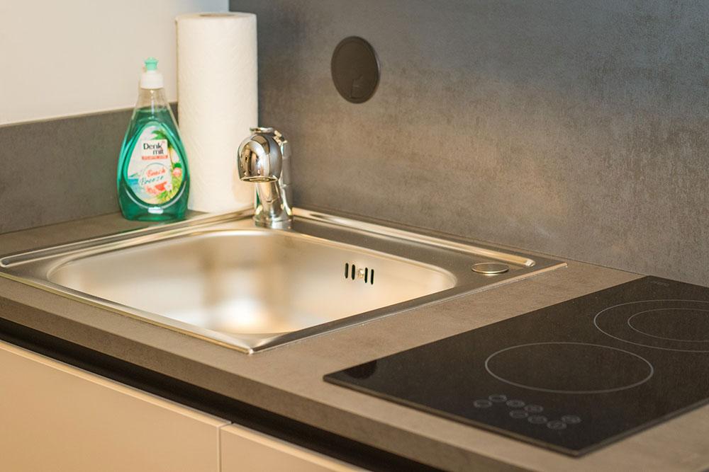 Küche - Spüle und Kochfeld