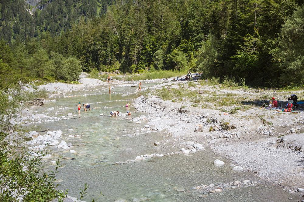 Naturbaden im Bach - Vorderkaser