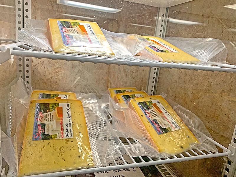 Henasteign - Käse im Hofladen